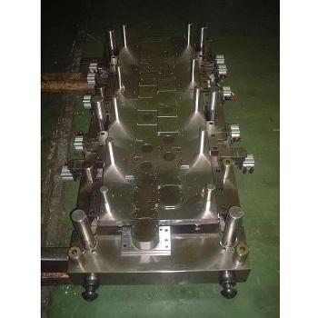压缩机马达内外导柱型式-上模座
